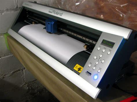 Mesin Cutting Sticker mesin cutting sticker plotter www emji co