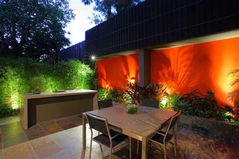 bold feature wall  birchgrove courtyard design