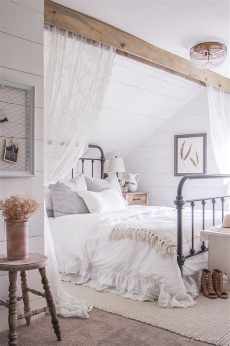 cozy farmhouse master bedroom design ideas 381 fres hoom