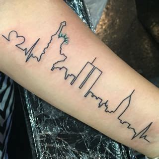 tattoo of nyc new york city skyline tattoo designs