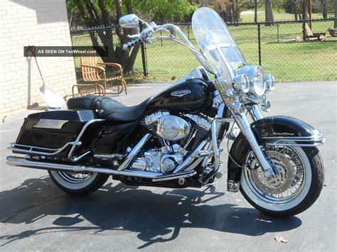 2004 Harley Davidson by 2004 Harley Davidson Road King Classic