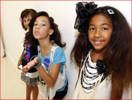 aoki simmons birthday fashion show for make a wish foundation11 daughters make a wish