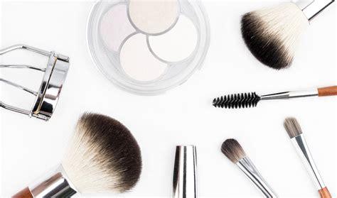 Diskon Kuas Fashionable Make Up Tools free images tool fashion make up eyelash makeup brush organ