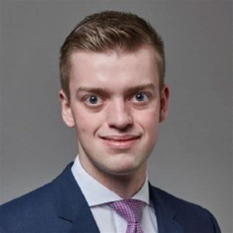 deutsche bank werkstudent dennis k 246 nig werkstudent berenberg bank schweiz ag