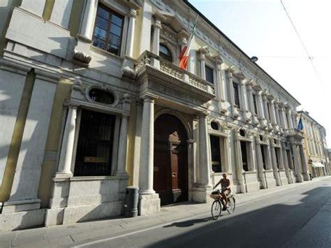 banco di brescia vicenza banco di brescia approvato bilancio 2013 corriere it