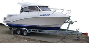 boat trailer too small fishing boat trailers what to look for and what to avoid