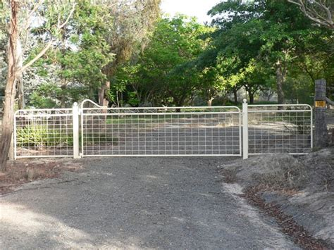 country style gates maddison heritage style country gate with mesh farmweld