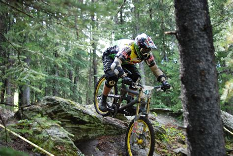 mountain bike downhill mountain bikers