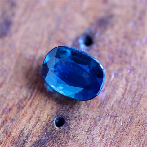 Blue Sapphire Madagascar Africa 3 1 72 cts certified unheated blue sapphire madagascar 27111723 sa