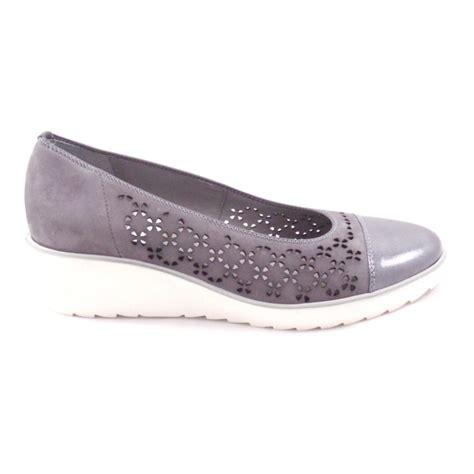 ara marsala 12 37842 grey nubuck slip on wedge shoe ara