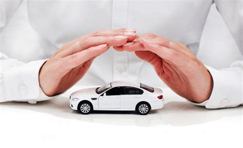 What Does Full Coverage Auto Insurance Cover?