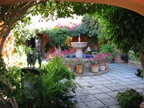 what is a courtyard al gurg 70 s villa love on pinterest internal courtyard kids rooms and 70s kitchen