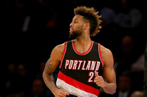 haircut deals portland restricted free agent allen crabbe lands deal with