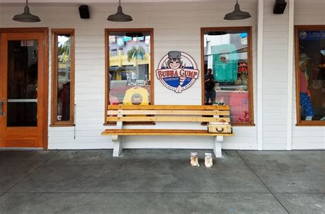 bubba gump bench bubba gump shrimp co in universal city walk orlando uo fan guide