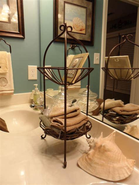 kitchen counter decor home pinterest 25 bathroom christmas decoration ideas