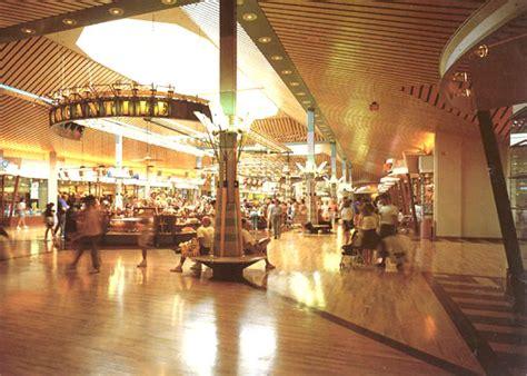 gurnee mills mallgurnee il 1990 rory mccarthy design