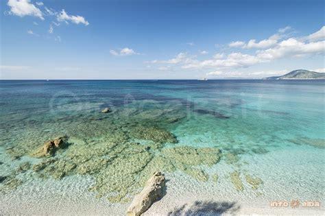spiaggia le ghiaie elba spiaggia delle ghiaie all isola d elba a portoferraio