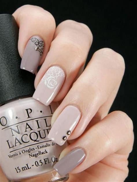 imagenes de uñas oscuras decoradas las 25 mejores ideas sobre u 241 as decoradas con gelish en