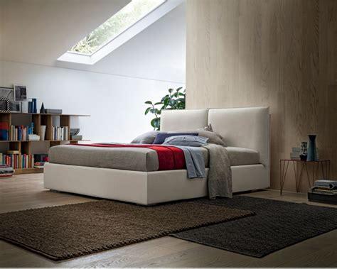 cama vintage tapizada canape elevable coraline en bettyco