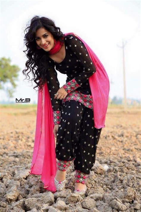 punjabi grls suit long hair 1000 images about fashion kurtas salwaar kameez churidar