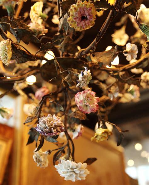 Lustre Fleurs by Lustre Cage Fleurs Circa 1880