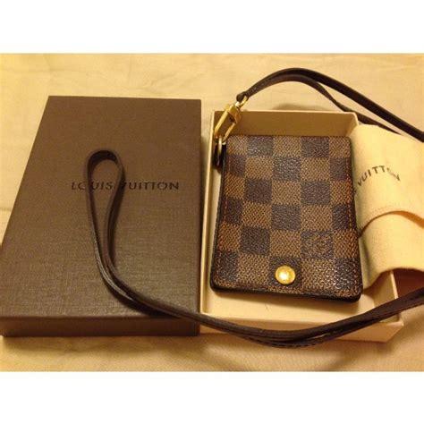 Lv Gucci L8992 5 louis vuitton damier經典棋盤格 識別證套 名牌精品 在carousell