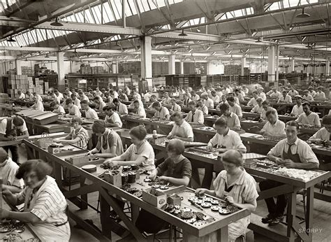 google imagenes factory industrial revolution factory workers google search