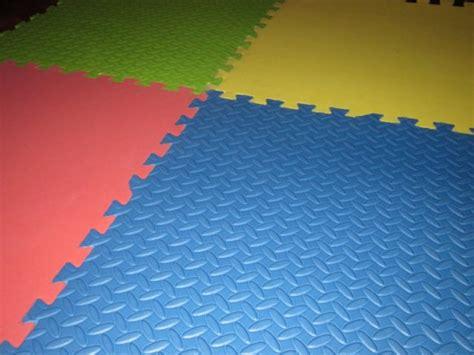 Material Of Carpet by Pisos De Goma Eva O Tatamis Expertos En Carpetas Y