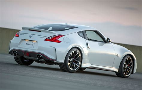 2015 nissan 370z nismo the awesomer