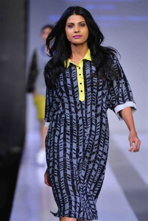 Stelan Pinguin Batik Black Navy mercedes fashion runways sri lanka day 2