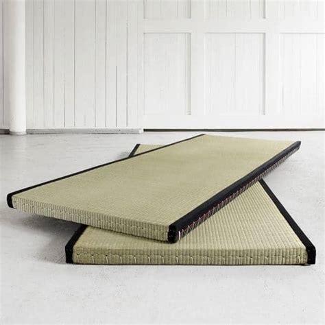 futon e tatami tatami a base de cama japonesa tradicional para o seu