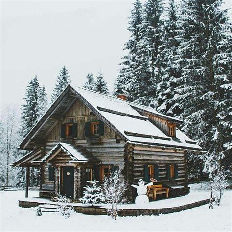 28 best 25 log cabin exterior ideas on log houses log the 25 best log cabin exterior ideas on log