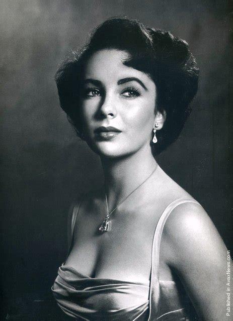 elizabeth taylor biography in spanish photographers philippe halsman part ii