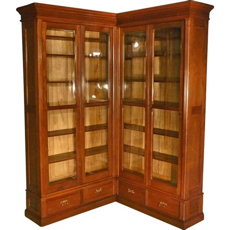 Walnut Corner Bookcase 226 Best Images About In The Corner On Pinterest Antiques Corner China Cabinets And Marble Top