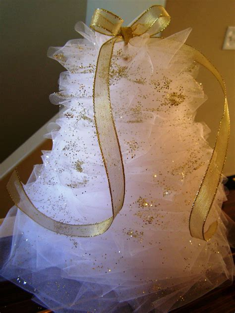 busy lizzy s tulle christmas tree