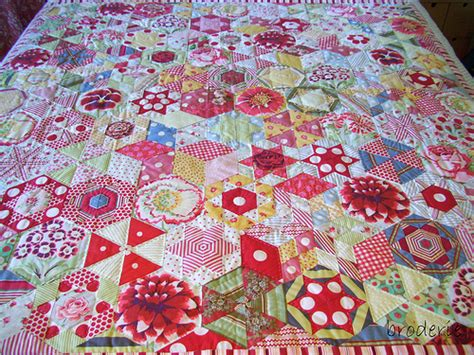 Patchwork Shapes - hexagon quilt the projects of my
