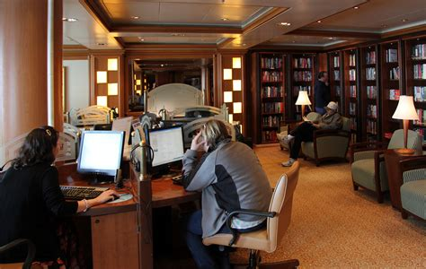 file cafe golden princess jpg wikimedia commons