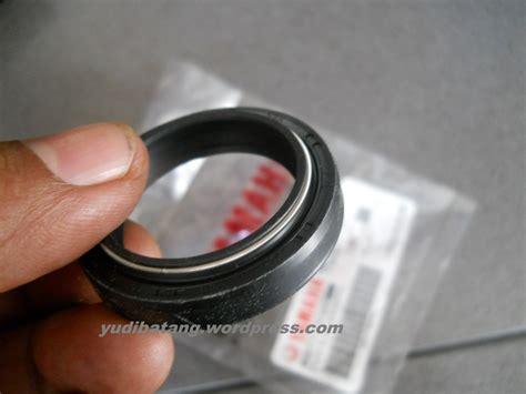 Seal Shock Scorpio Yamaha Asli Harga 1pcs shock depan motor anda bocor tidak bisa tidak harus diperbaiki yudibatang