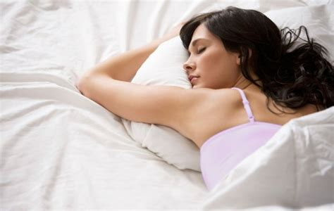 heading to bed 9 perfect beauty tips before going to bed
