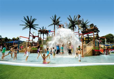 themes parks gold coast gold coast theme parks 3 for 3 pass