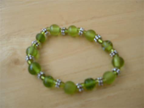 how to make stretch bead bracelets how to make elastic beaded bracelets ehow uk