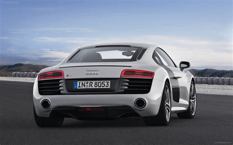Audi R8 V10 Plus by Audi R8 V10 Plus 2013 Widescreen Car Picture 13 Of