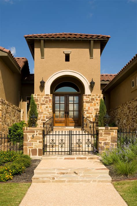Tuscan Home Exterior Colors - get italian appeal with these attractive tuscan style homes homesfeed