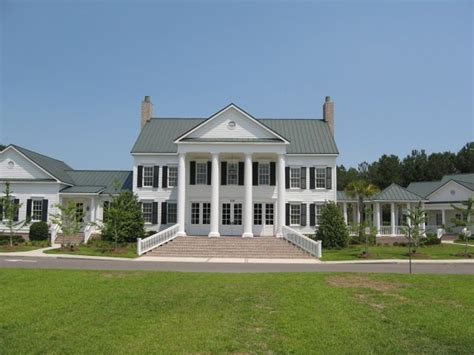 plantation style homes for sale best 20 plantation style houses ideas on pinterest
