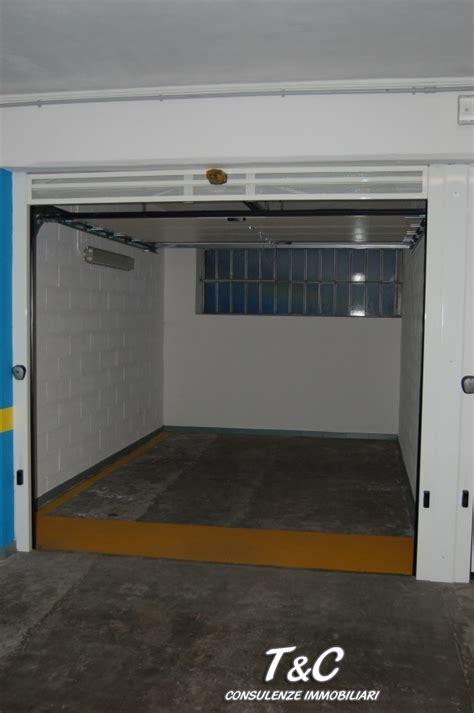 vendita box auto torino box posto auto in vendita a torino agenzie immobiliari