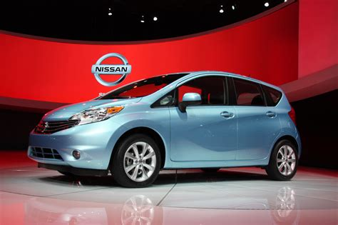 nissan versa note 2013 2014 nissan versa note detroit 2013 photo gallery autoblog