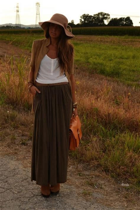 brown maxis skirt zara skirts brown boots