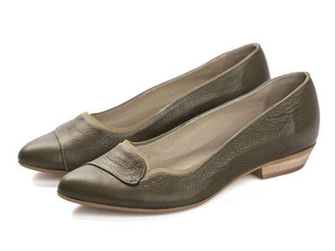 olive green flat shoes olive green flat shoes 28 images 73 alfani shoes
