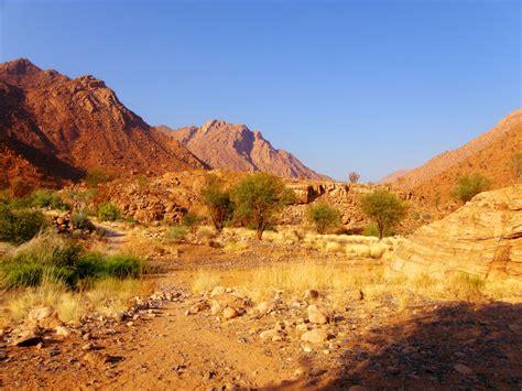 rocky desert landscape free stock photo public domain