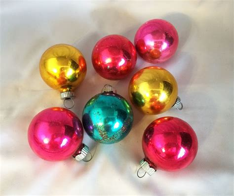 1950s vintage shiny brite round christmas ornaments 7